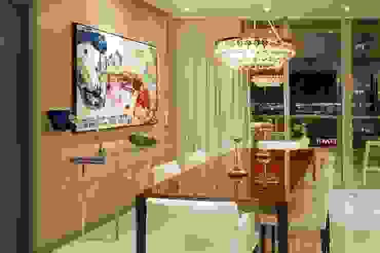 ICON BRICKELL Salones modernos de Elías Arquitectura Moderno