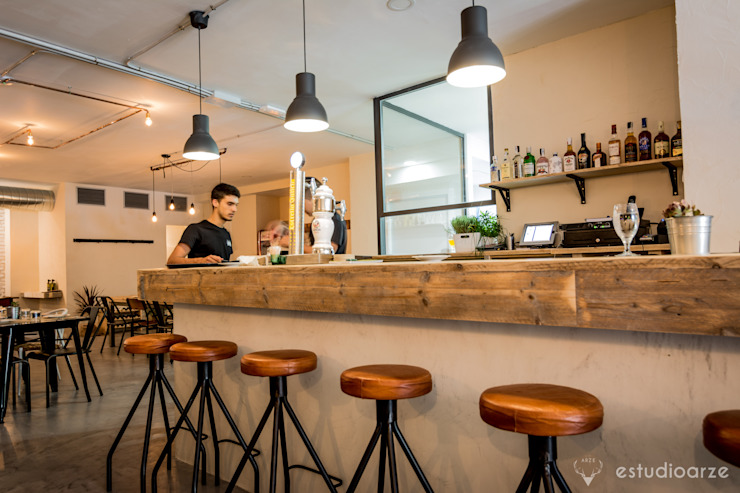 Colectivo Arze Industrial style gastronomy