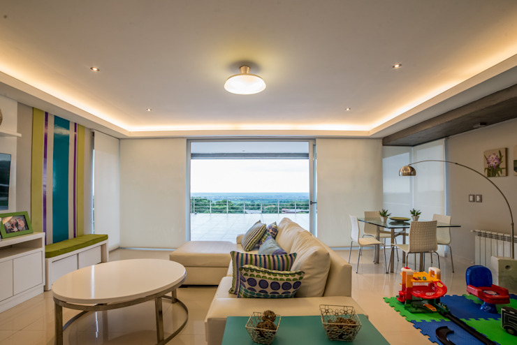 Casa MAS Livings modernos: Ideas, imágenes y decoración de Saez Sanchez. Arquitectos Moderno