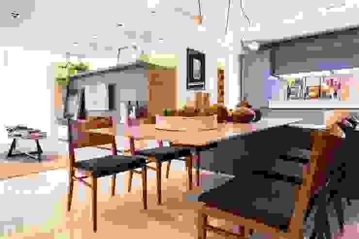 Phòng ăn phong cách chiết trung bởi ArchDesign STUDIO Chiết trung