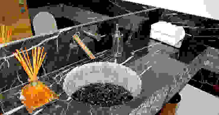 Baños modernos de Peixoto Arquitetos Associados Moderno