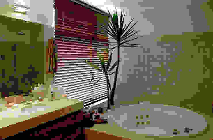 Banheiro Suíte Banheiros modernos por Peixoto Arquitetos Associados Moderno