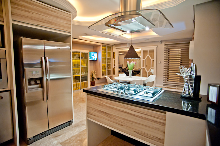 Paulinho Peres Group Modern style kitchen