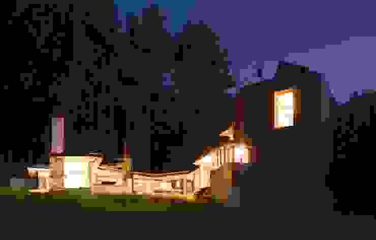 Fishing Lodge, Bulgaria Rustik Evler Simon Gill Architects Rustik