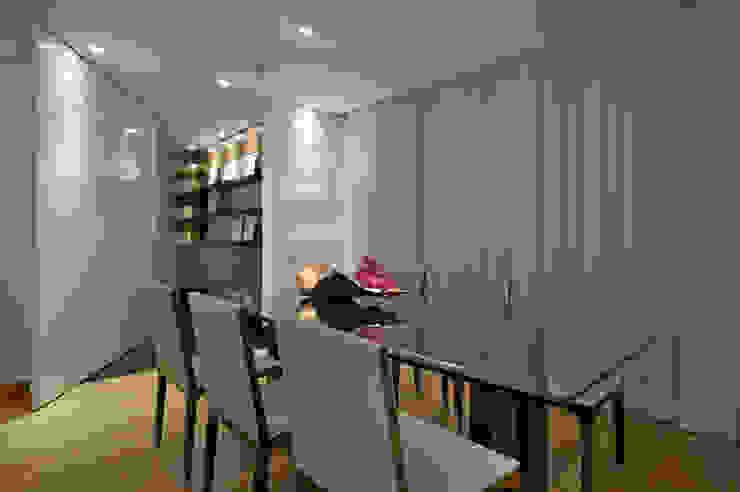 Sala de Jantar Salas de jantar modernas por Manuela Senna Arquitetura e Design de Interiores Moderno