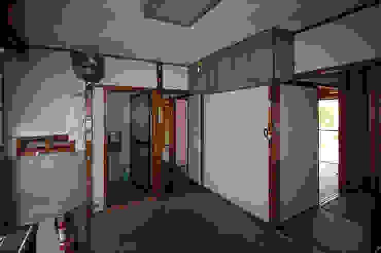改装前。『昭和感』のある『台所』 の 塩田有紀建築設計事務所