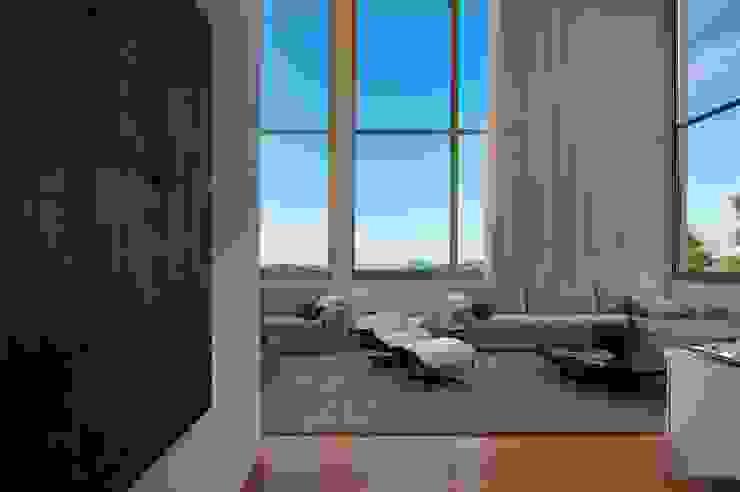 Residencia Serra dos Manacás Salas de estar modernas por Manuela Senna Arquitetura e Design de Interiores Moderno