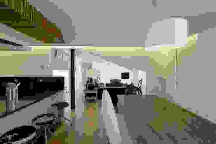 Casa para alugar Salas de jantar modernas por Gavetão- Decoração de Interiores Moderno