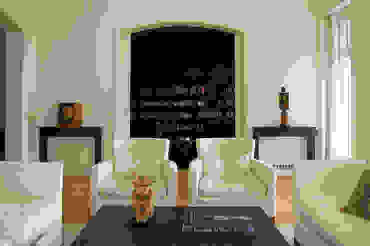 Nowoczesny salon od Paula Herrero | Arquitectura Nowoczesny