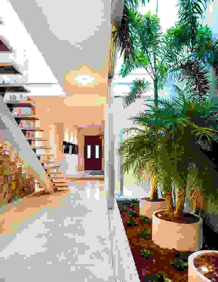 HPONCE ARQUITECTOS Couloir, entrée, escaliers modernes
