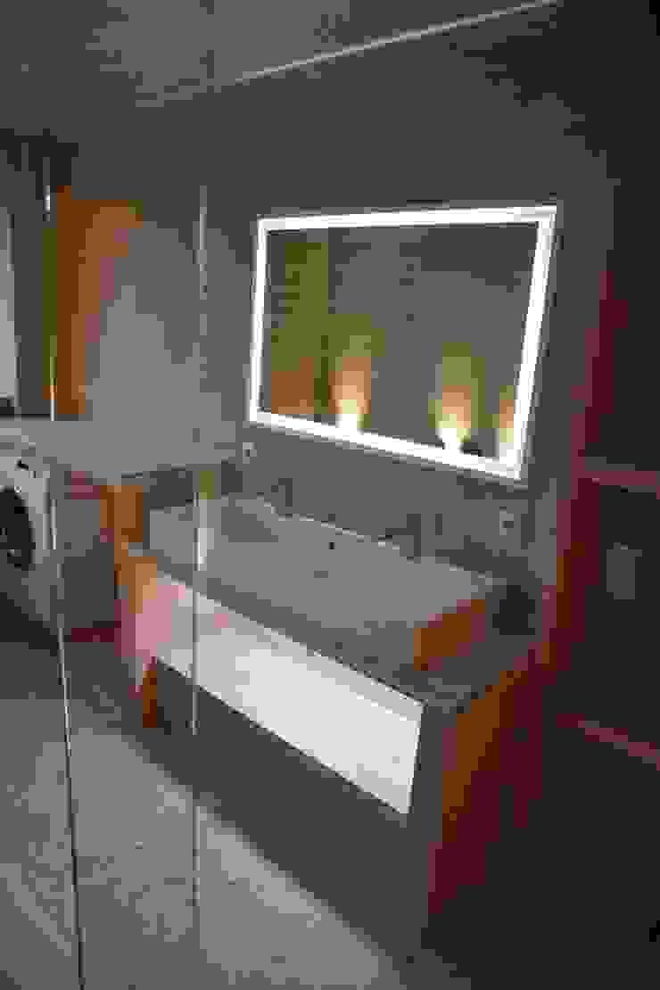 Modern style bathrooms by Ulrich holz -Baddesign Modern