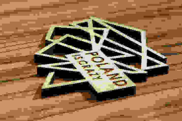 Poland Is Crazy 0302 logo od POLAND IS CRAZY Nowoczesny Sklejka