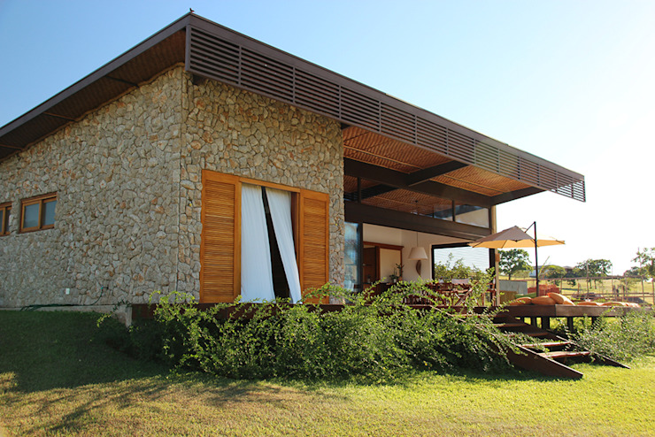 Houses by Ambienta Arquitetura ,