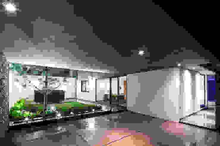 Casa G Jardines modernos de NODO Arquitectura Moderno
