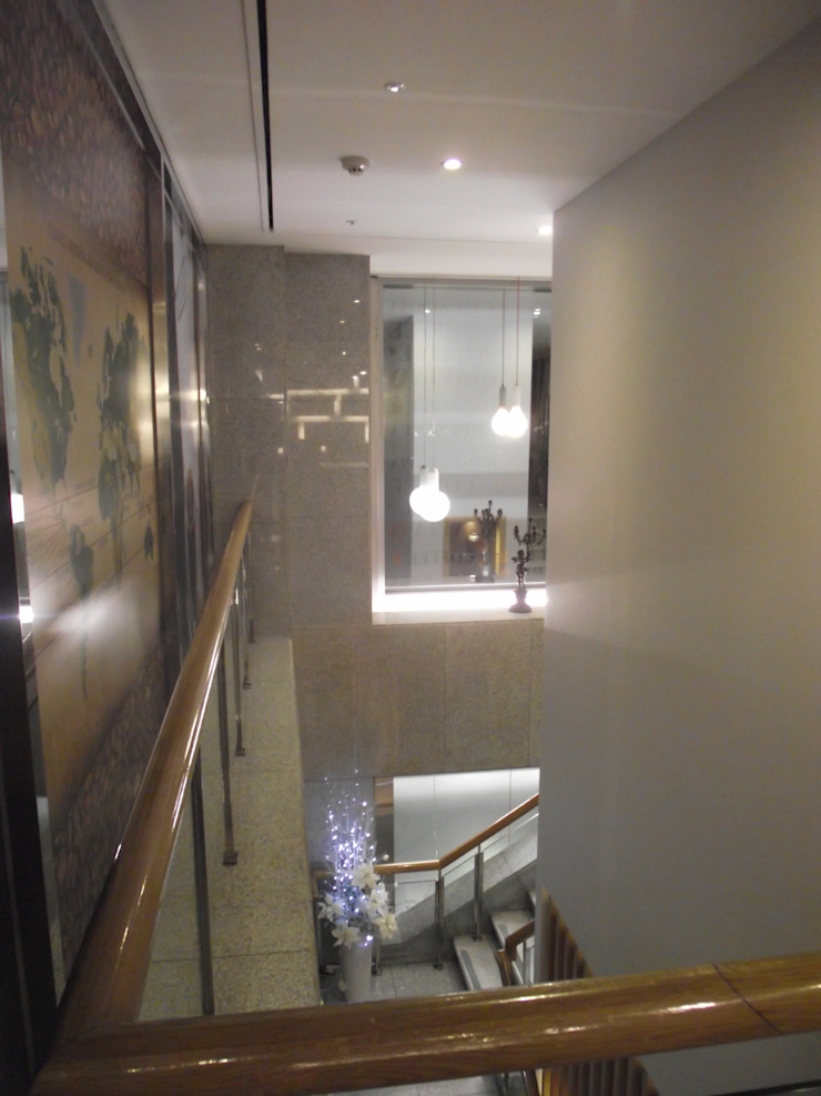 건후건축디자인 Modern commercial spaces