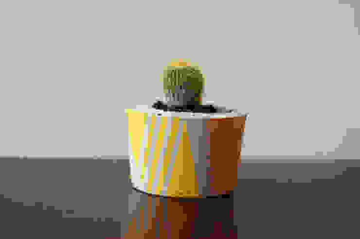 Ail + El Small Concrete Planter Dust HogarPlantas y accesorios Amarillo