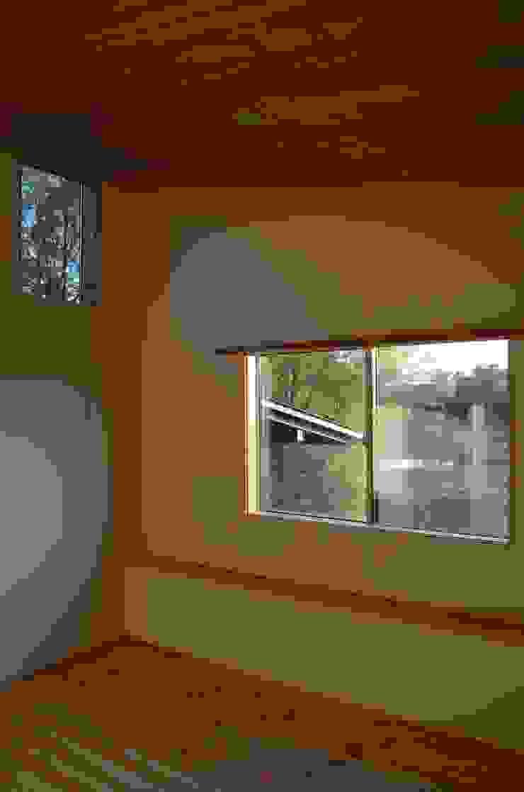 高野建築 Camera da letto moderna