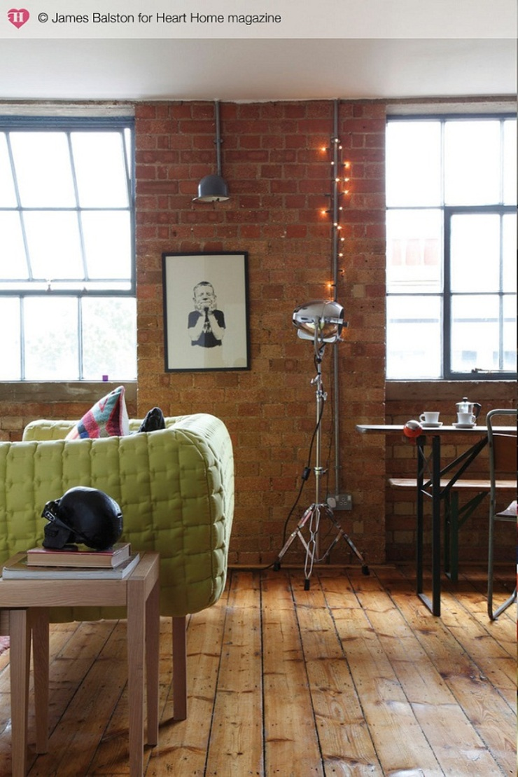 A Converted Warehouse in East London Heart Home magazine Salones de estilo industrial