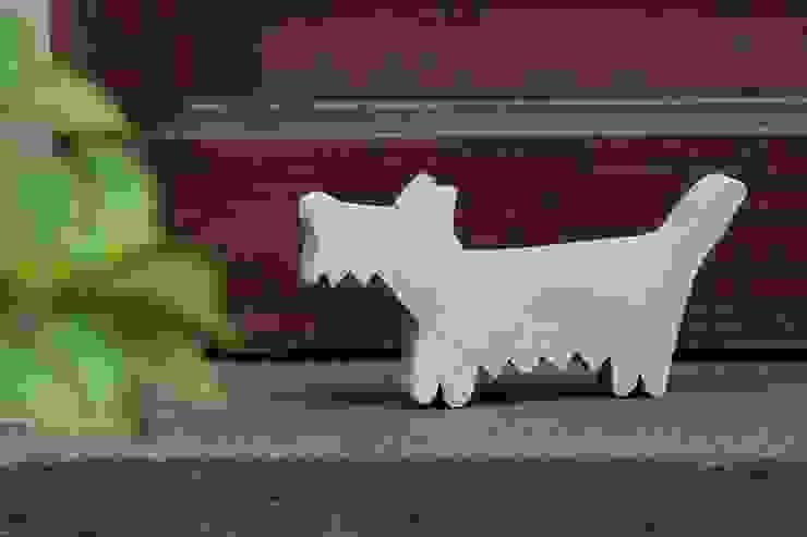 """Gartendekoration Beton """"Hund"""":  Garten von homify,"""