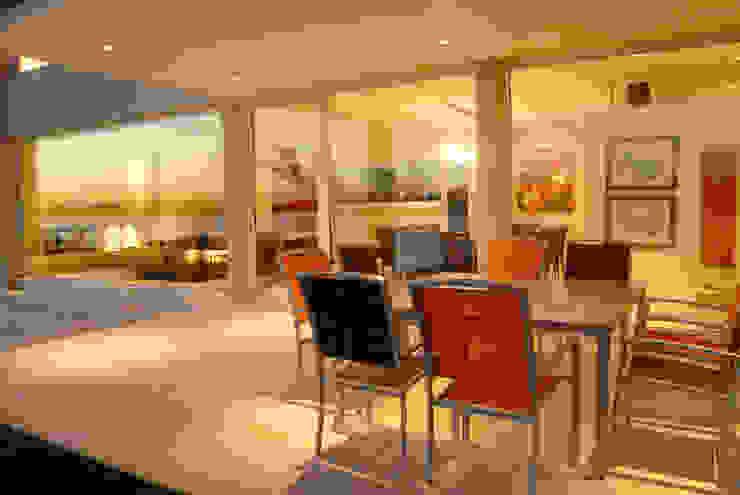 Mesa galeria Comedores minimalistas de Ramirez Arquitectura Minimalista Aluminio/Cinc