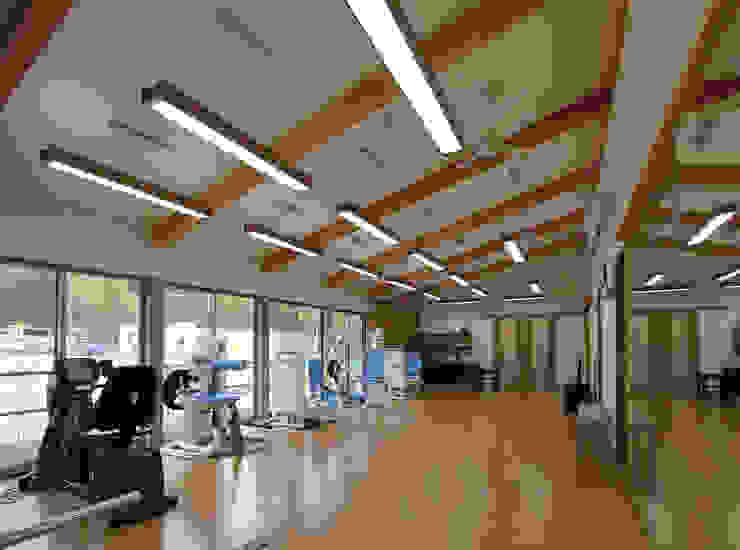 Modern gym by 岡本建築設計室 Modern