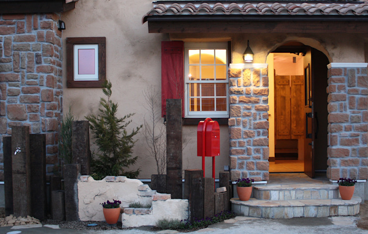 Mediterranean style house by 株式会社アートカフェ Mediterranean
