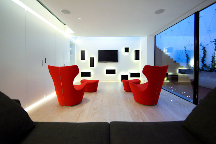 Pond Street:  Media room by Belsize Architects
