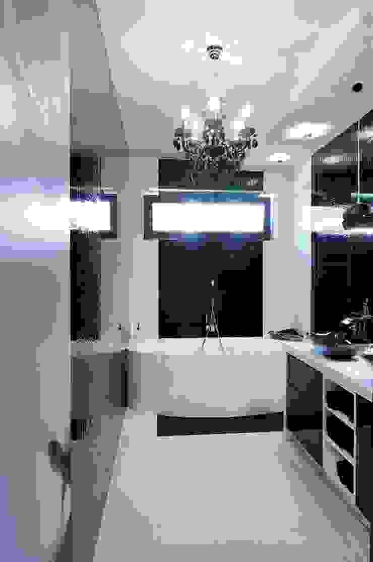 ARTEMA PRACOWANIA ARCHITEKTURY WNĘTRZ Modern Bathroom White