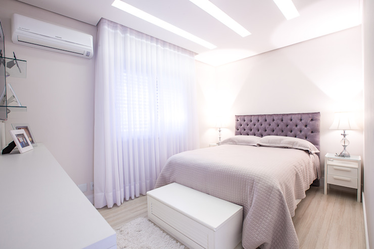 Classic style bedroom by Camila Chalon Arquitetura Classic