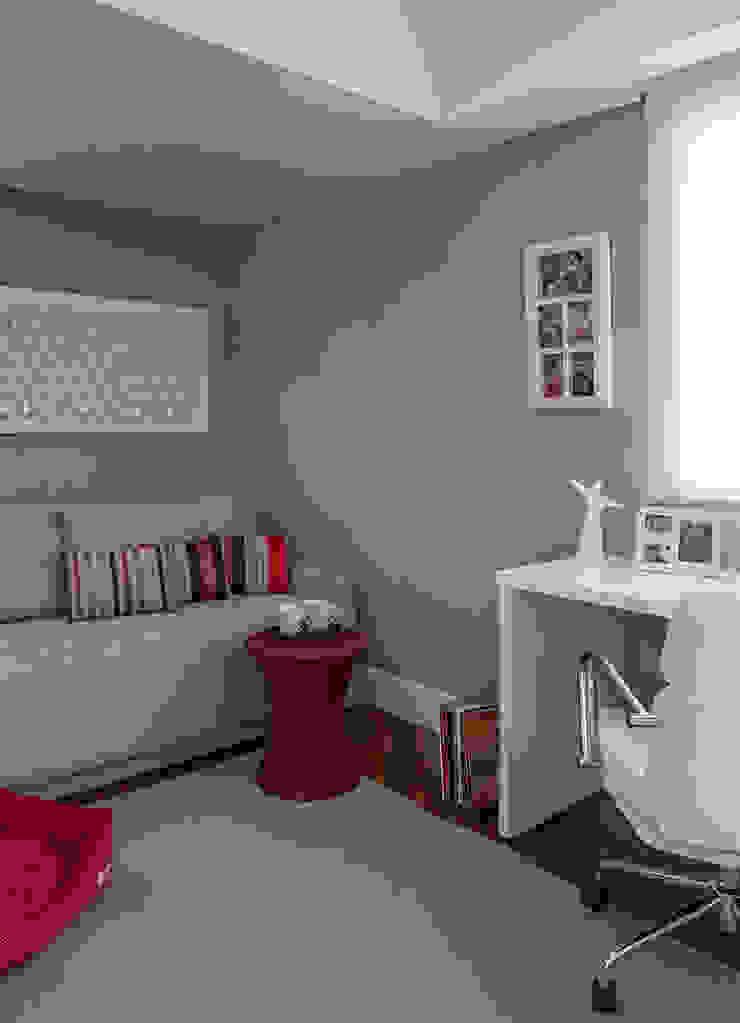 Apartamento RM Salas de estar modernas por Flavia Sa Arquitetura Moderno
