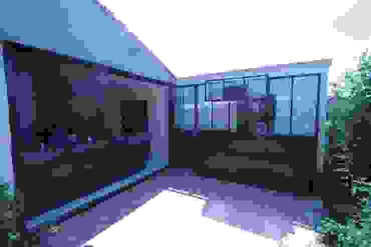 Frédéric TABARY Puertas y ventanasPuertas Metal Multicolor
