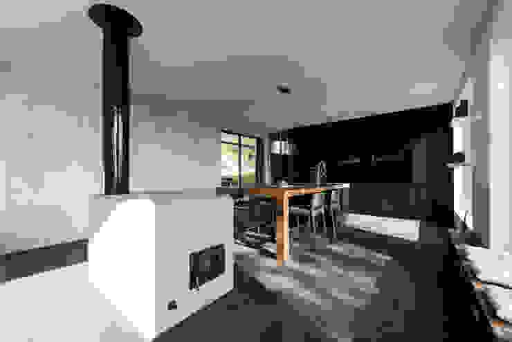 Wohnbereich Moderne Esszimmer von PLANET architects Modern