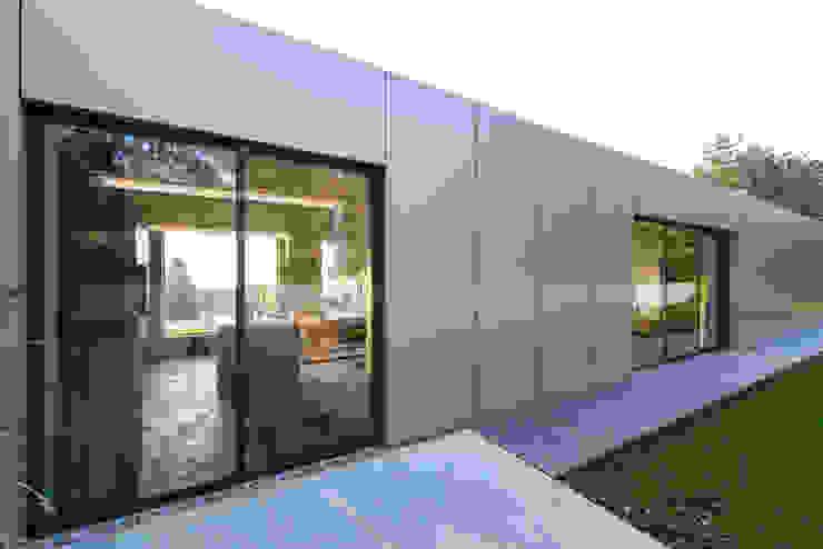 Außenfassade Moderne Häuser von PLANET architects Modern