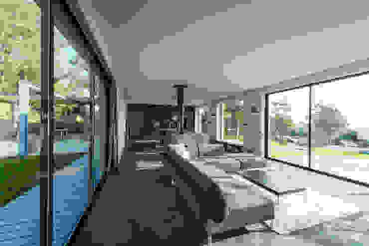 Wohnraum Moderne Wohnzimmer von PLANET architects Modern