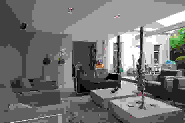 Modern Living Room by Hans Been Architecten BNA BV Modern