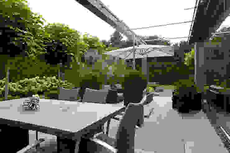 Modern Garden by Hans Been Architecten BNA BV Modern