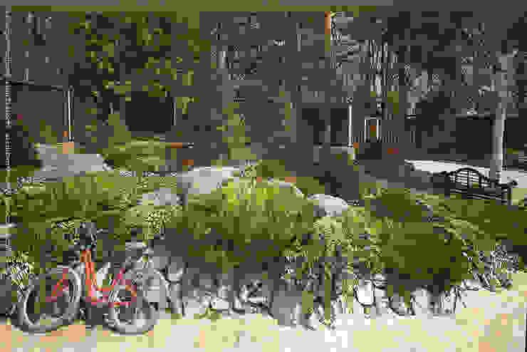 Карельская усадьба Сад в стиле кантри от Мастерская ландшафта Дмитрия Бородавкина Кантри
