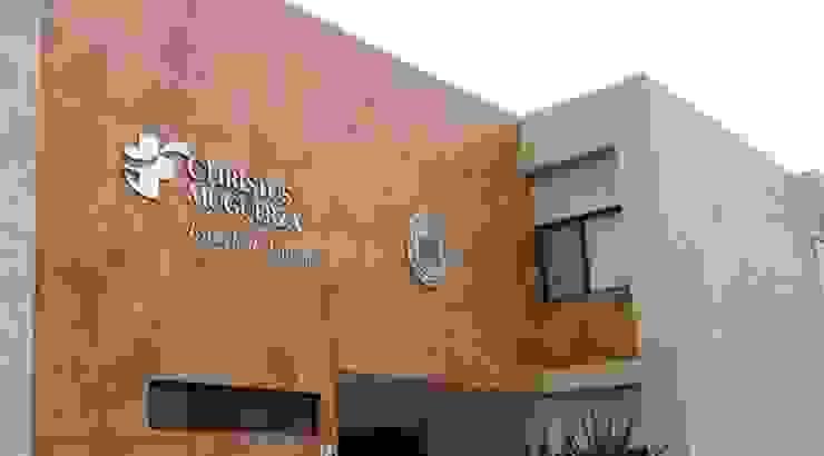 Escuela de enfermería del Hospital Christus Muguerza Jardines modernos de Nacional de Bancas Moderno