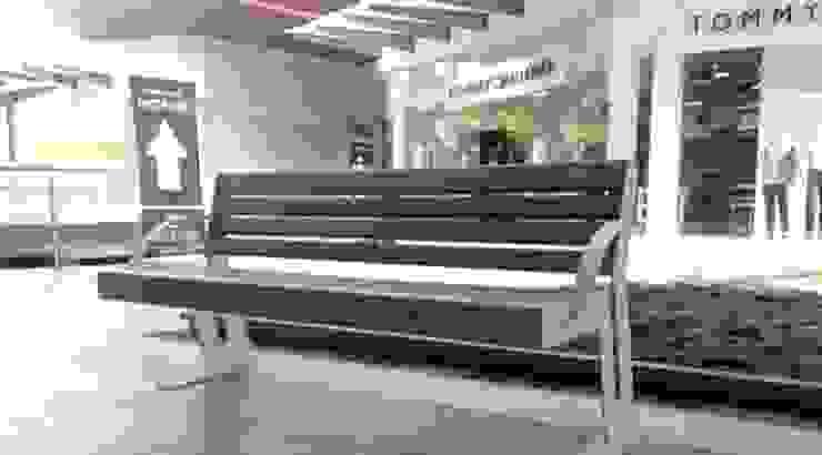 Factory Outlet León Jardines modernos de Nacional de Bancas Moderno