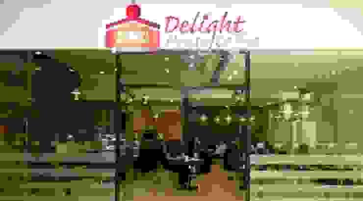 Delight Coffee House Jardines modernos de Nacional de Bancas Moderno