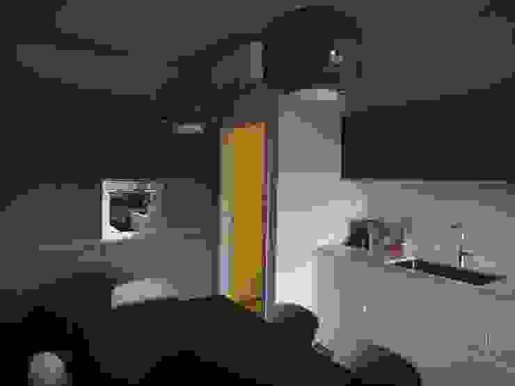 studionove architettura Kitchen Wood Grey