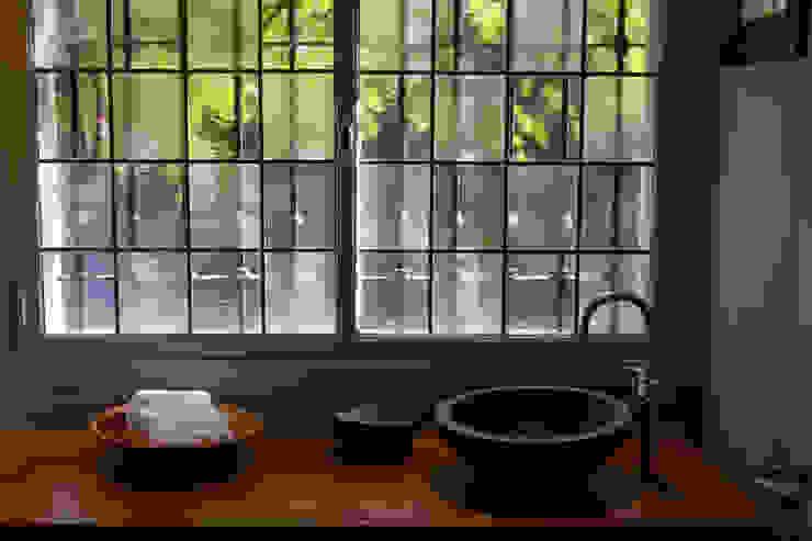 Salle de bains de style  par Paula Herrero | Arquitectura, Moderne