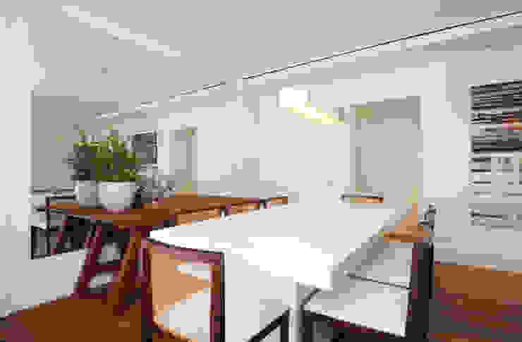 GENCONS Salas de jantar modernas por Elaine Carvalho Arquitetura Moderno