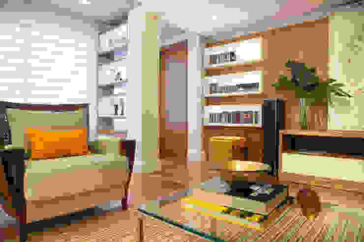 Salas de estilo moderno de Arquitetura 8 - Ana Spagnuolo & Marcos Ribeiro Moderno
