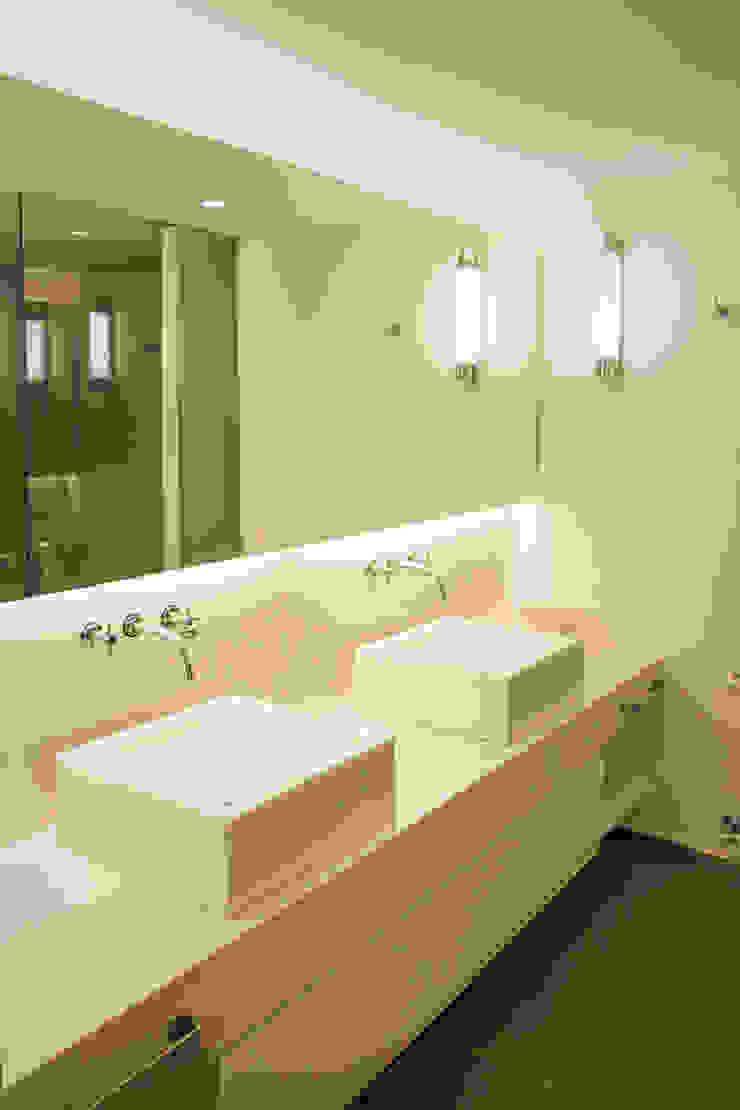 Paula Herrero | Arquitectura 現代浴室設計點子、靈感&圖片