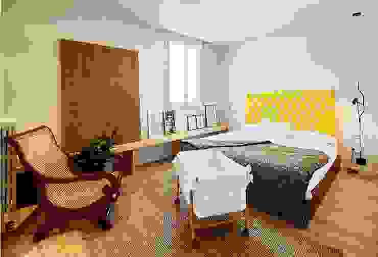 VIVIENDA PARTICULAR, Barcelona. Dormitorios de estilo clásico de CIRERA ESPINET Clásico