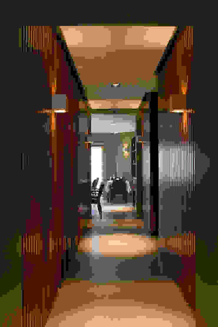 Modern Dining Room by Paula Herrero | Arquitectura Modern Wood Wood effect