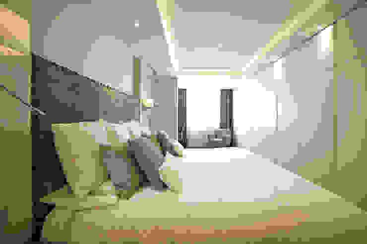 Vivienda Barrio de Salamanca Moderne Schlafzimmer von Interni Esterni 2 Modern