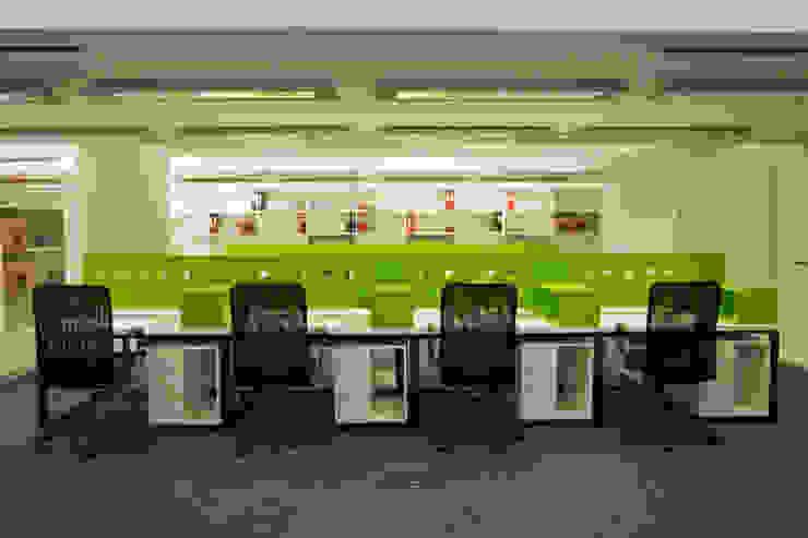 Paula Herrero   Arquitectura Modern study/office Green