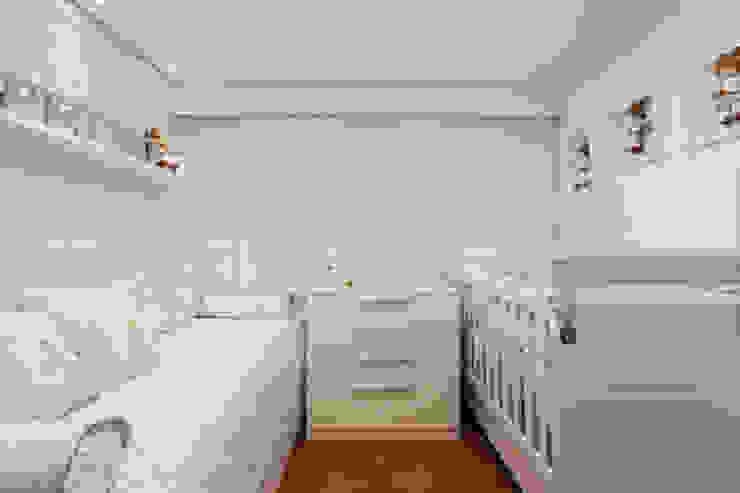 Dormitorios de estilo  de Carmen Calixto Arquitetura, Moderno